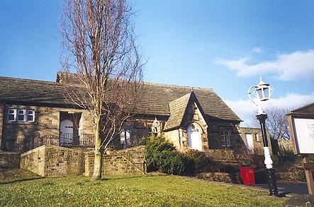Cawthorne Village Hall.jpg