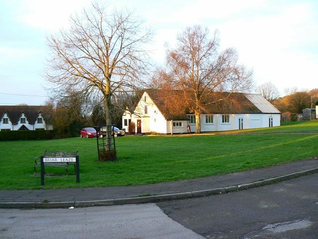 Village_Hall,_Briar_Leaze,_Compton_Bassett_-_geograph.org.uk_-_1057751.JPG