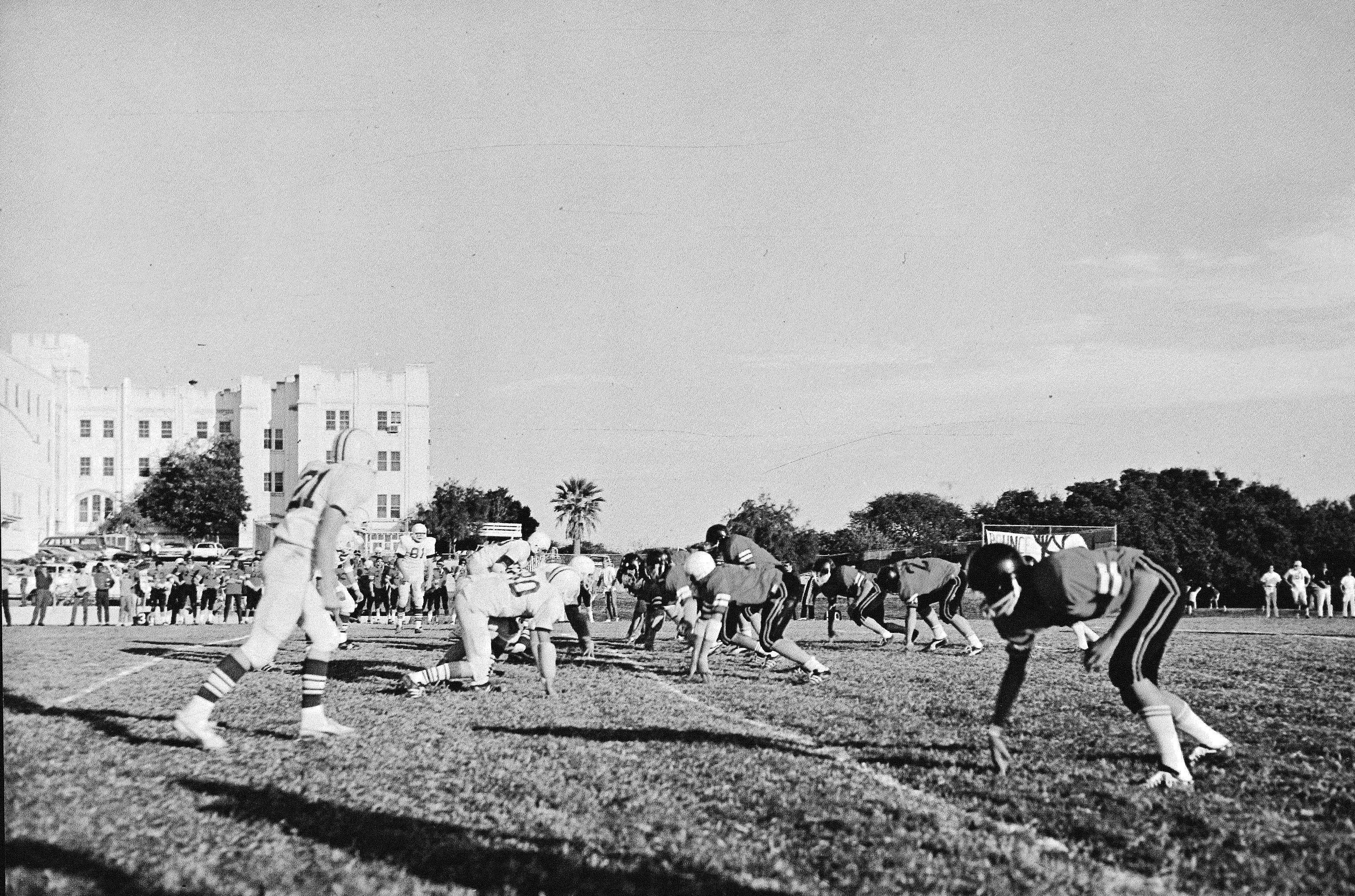 1970s football photo.jpg