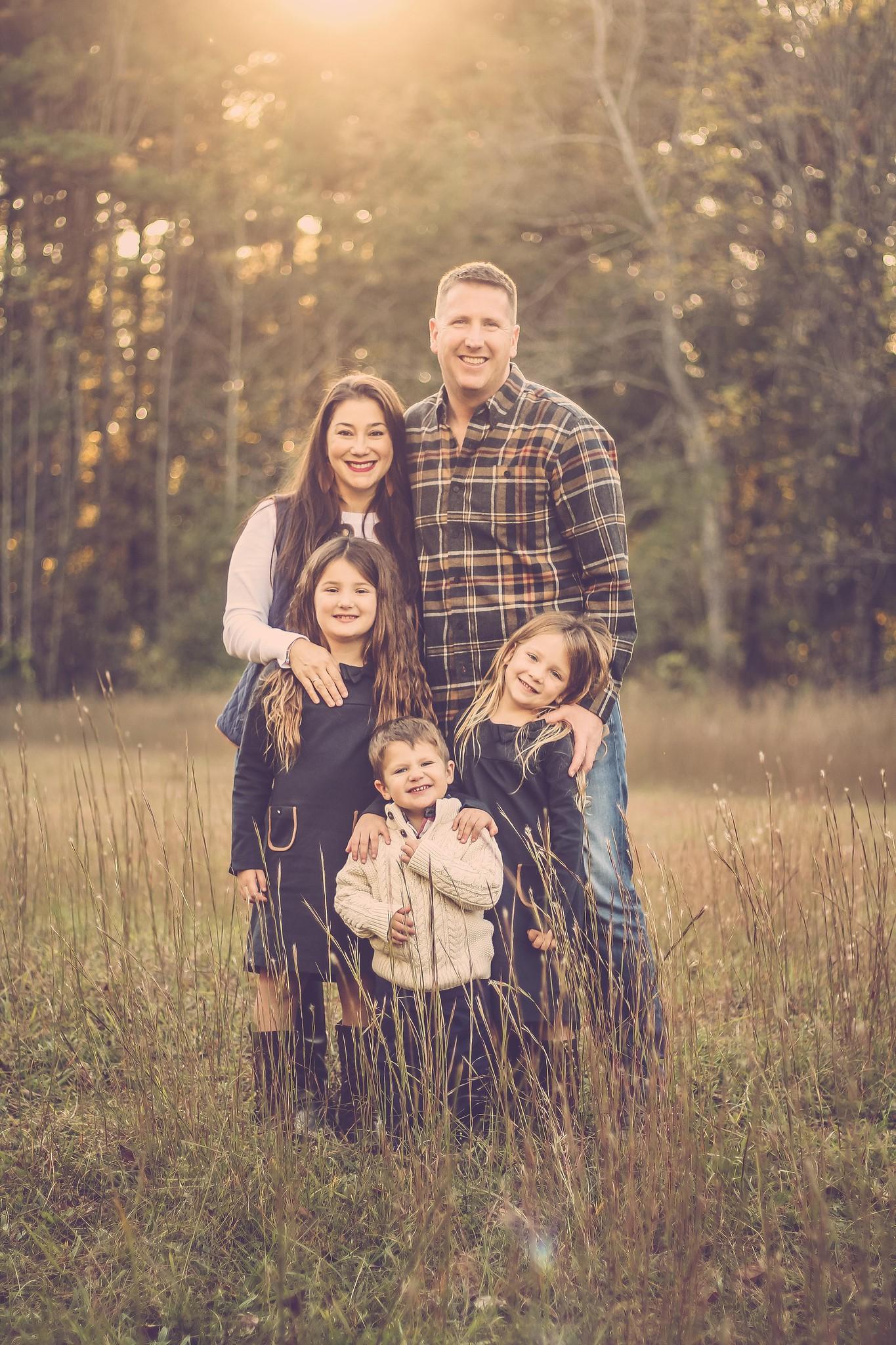 Azizi and family.JPG