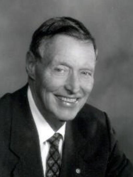 Tom C. Frost Jr. '45.jpg